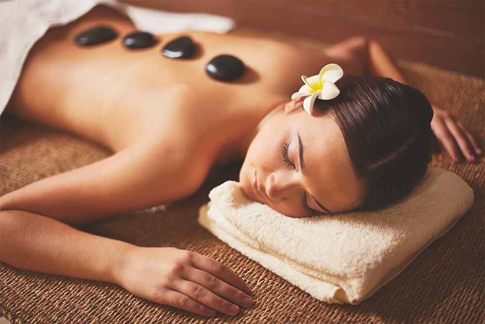 Relaxujte u profesionální masáže